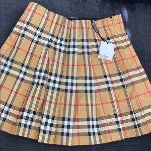 8Y Burberry Skirt